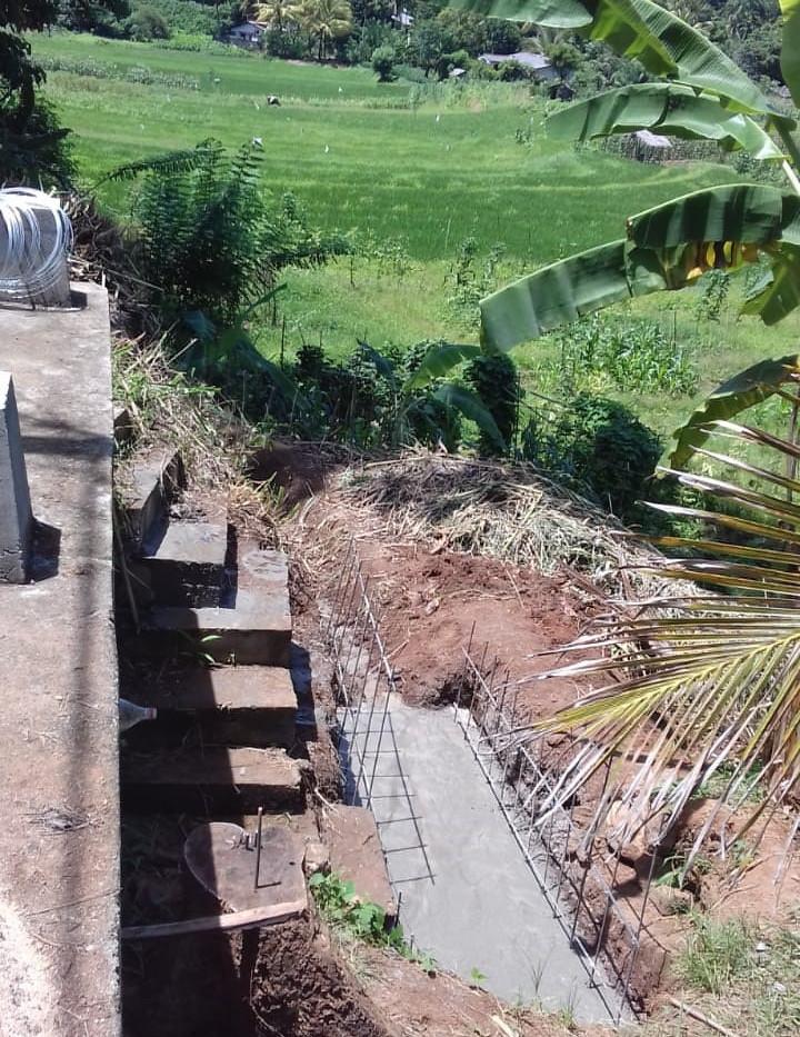 Rice paddies the sluice gate will help water