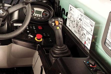 bobcat-v519-joystick