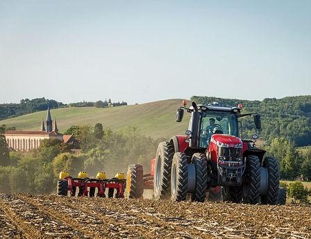 tractor-massey-ferguson-8700S-Series-vaderstad-tempo