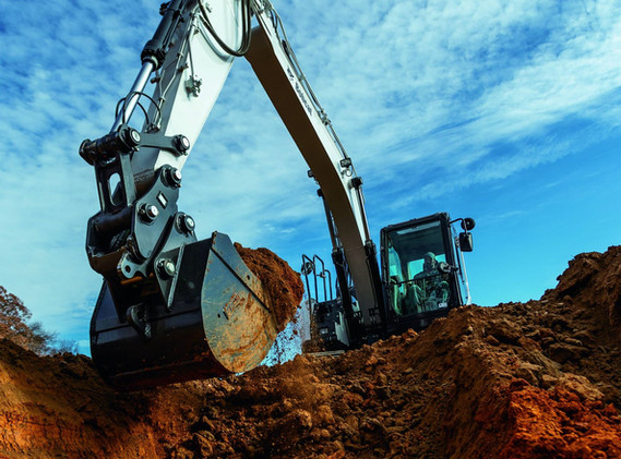 Excavatrice Bobcat E145