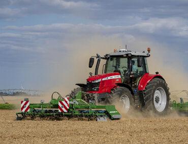 tractor-massey-ferguson-7700S-Series-dual-control