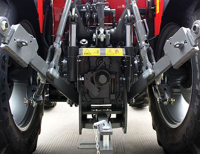 mf-5700-feature-3-point-hitch-740x568.jp