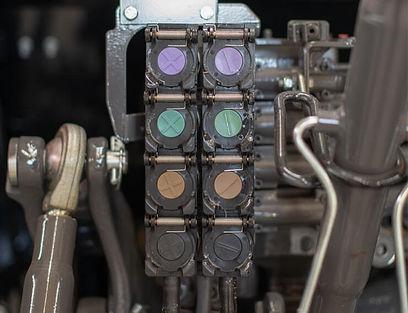 massey-ferguson-5700-s-hydraulic-outlet