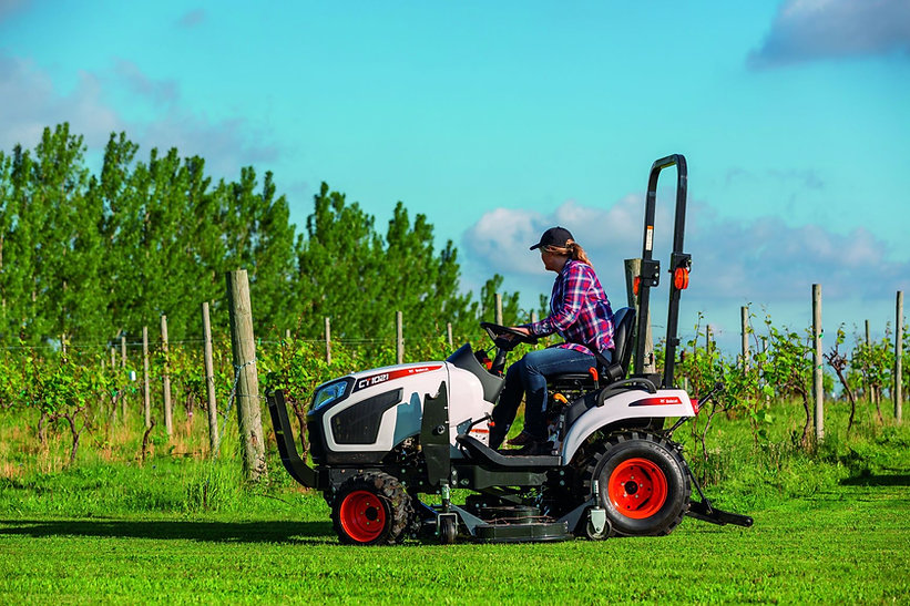 bobcat-ct1021-mid-mount-mower-s6c8402-19g3-fc.jpg
