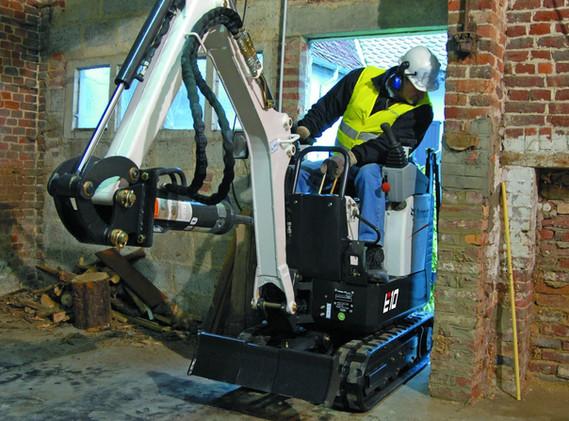 Excavatrice Bobcat E10