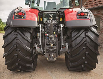 tractor-massey-ferguson-8700S-Series-rear-hitch