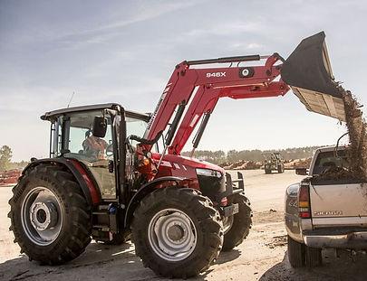 massey-ferguson-tractor-loader-946x