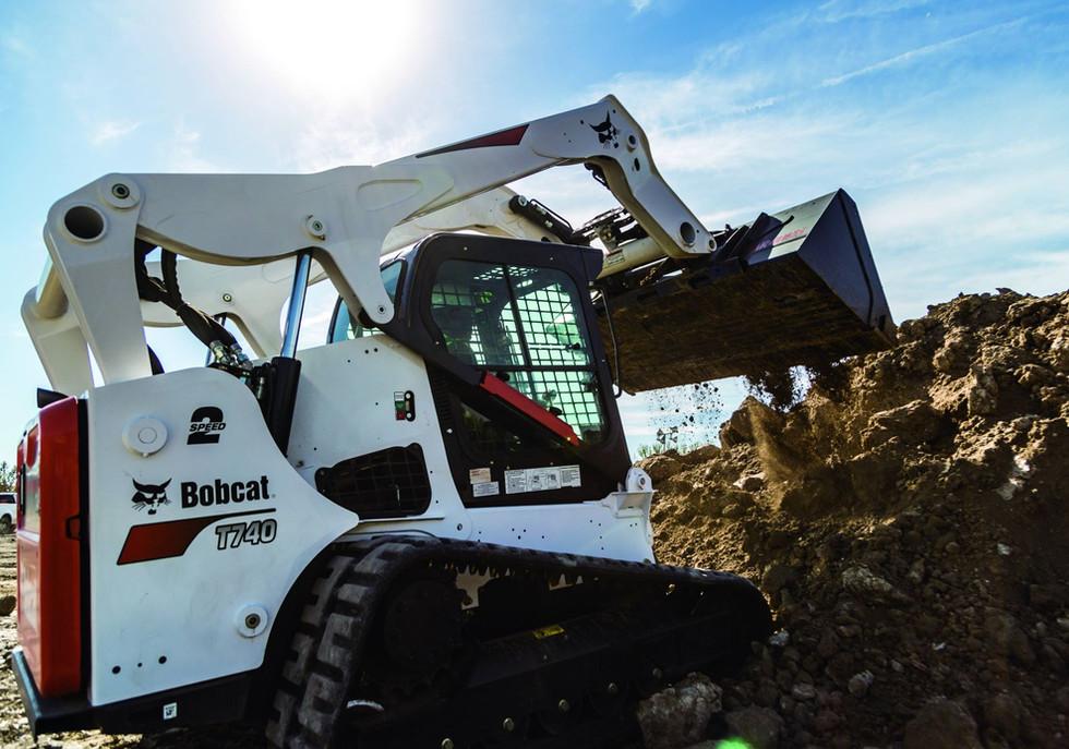 bobcat-t740-construction-64a3309-16u3-fc.jpg