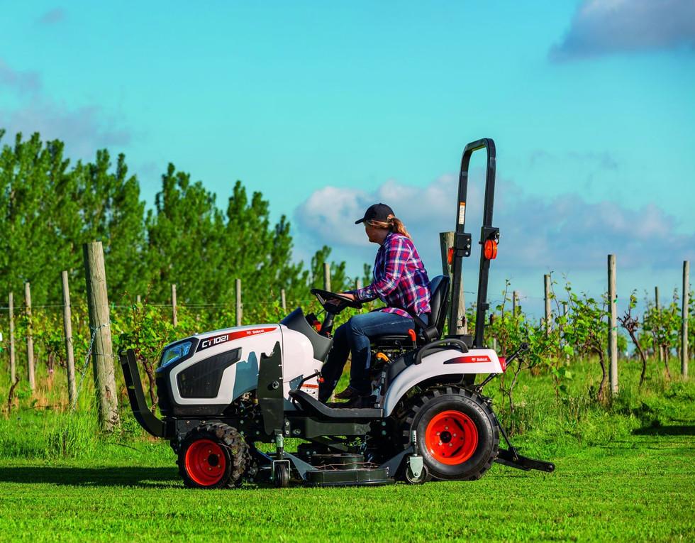 bobcat-ct1021-mid-mount-mower