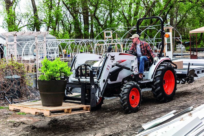 bobcat-tractor-ct2045