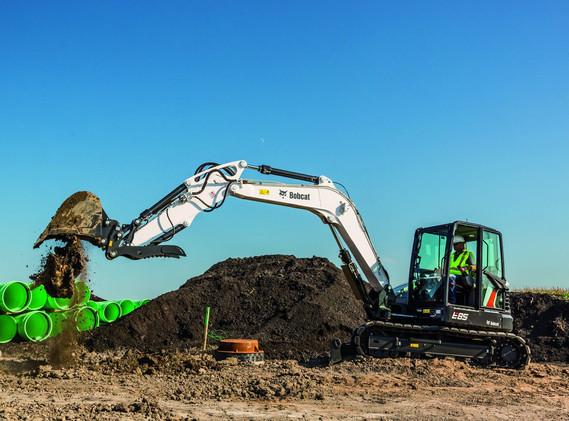 Excavatrice Bobcat E85