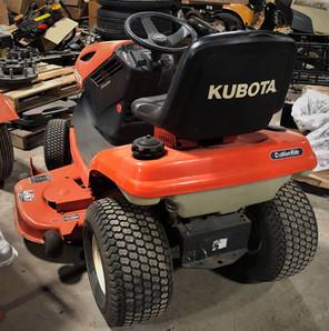 Tracteur à gazon Kubota T1870