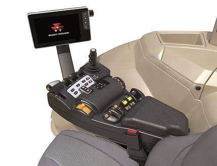 tractor-massey-ferguson-8700S-Series-interior-cab
