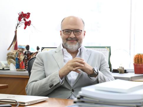 Dr.Essam Nabih