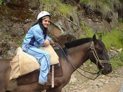 niña+a+caballo