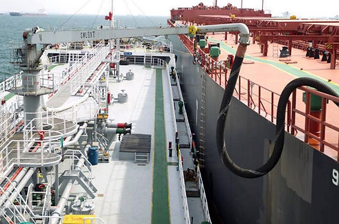 LNG-bunkering-gets-financial-boost-in-Singapore-port-.jpg