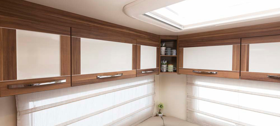 Rear lounge area storage
