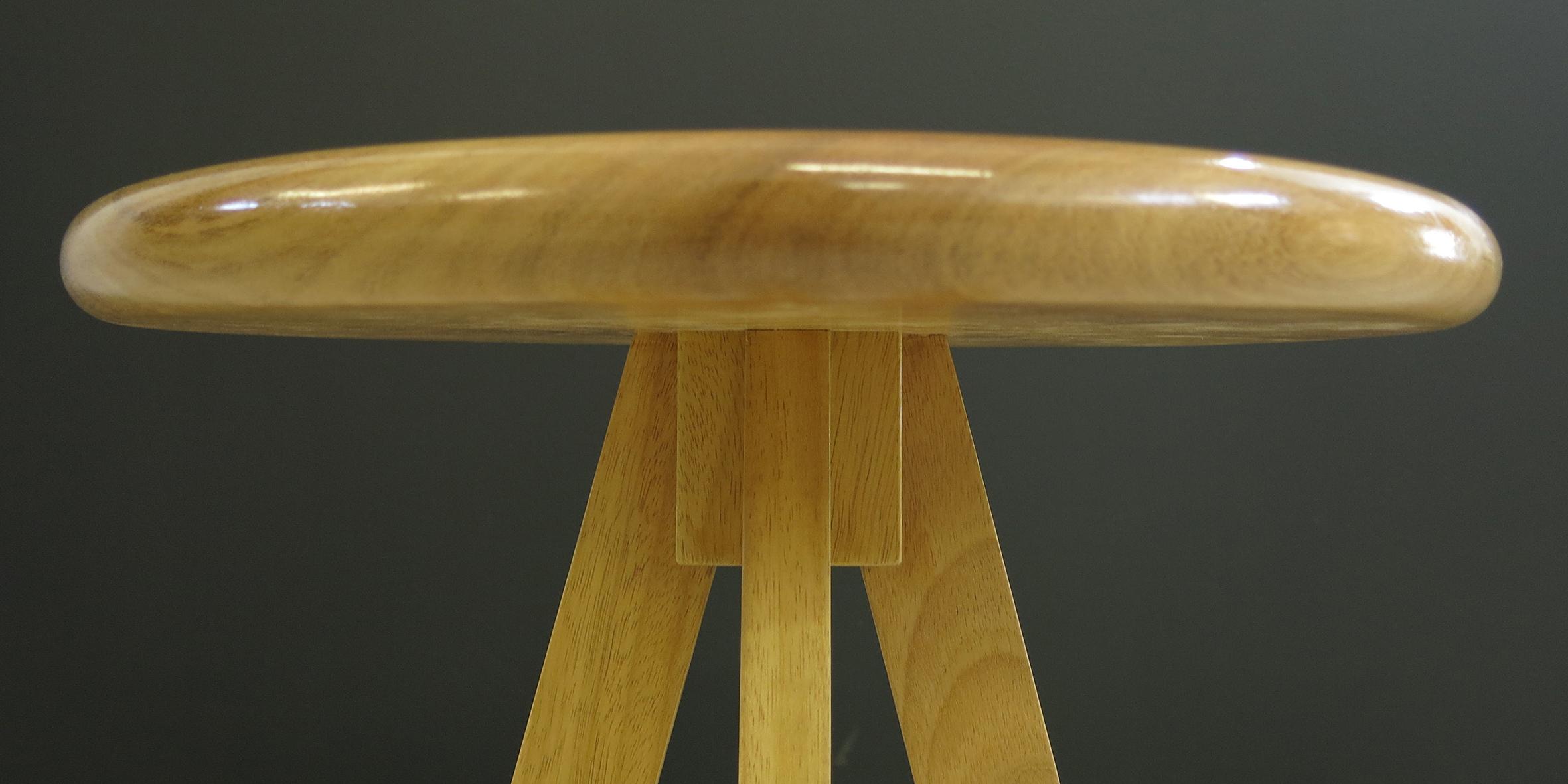 table stool, 414 dia x 450 h, iroko