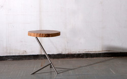 chicken leg side table