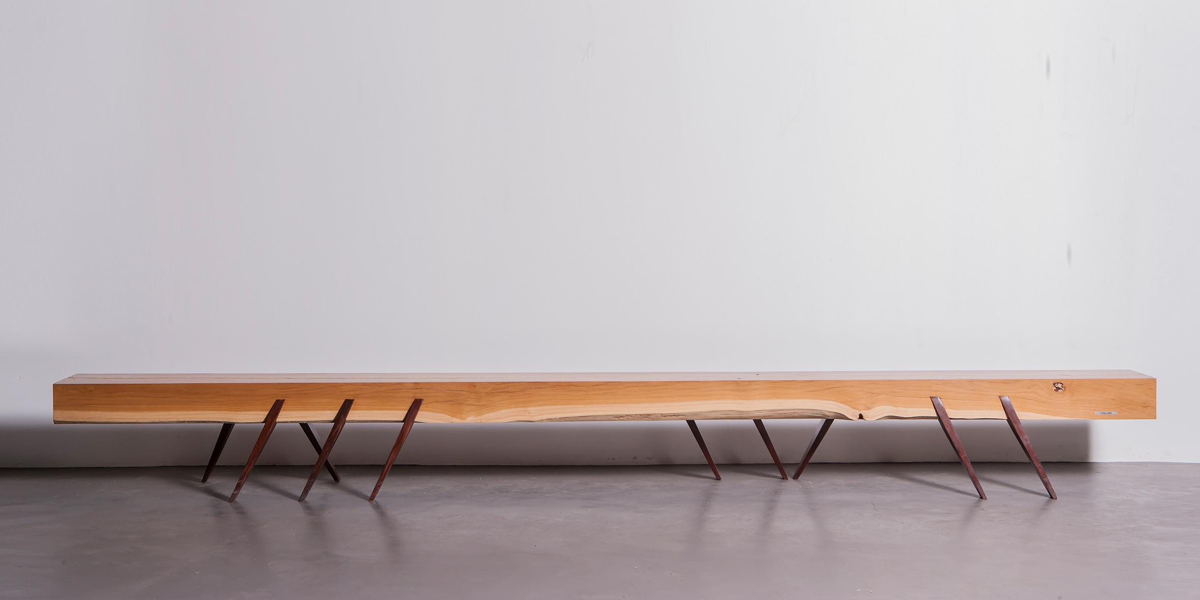 goggo bench, 4000 l x 290 w x 430 h, gum with jarrah legs