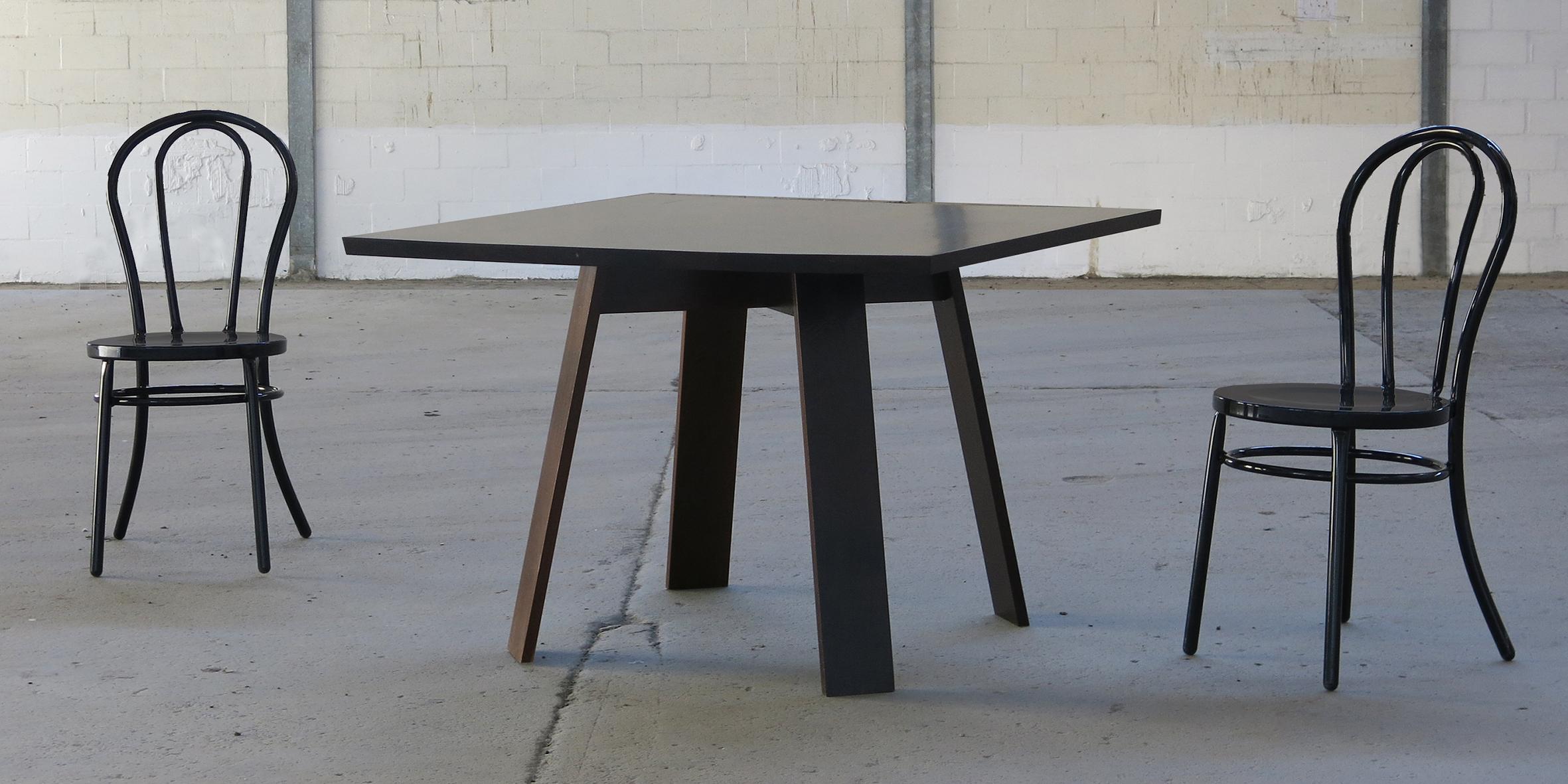 seun table, 1100 l x 1100 w x 730 h, wenge 3