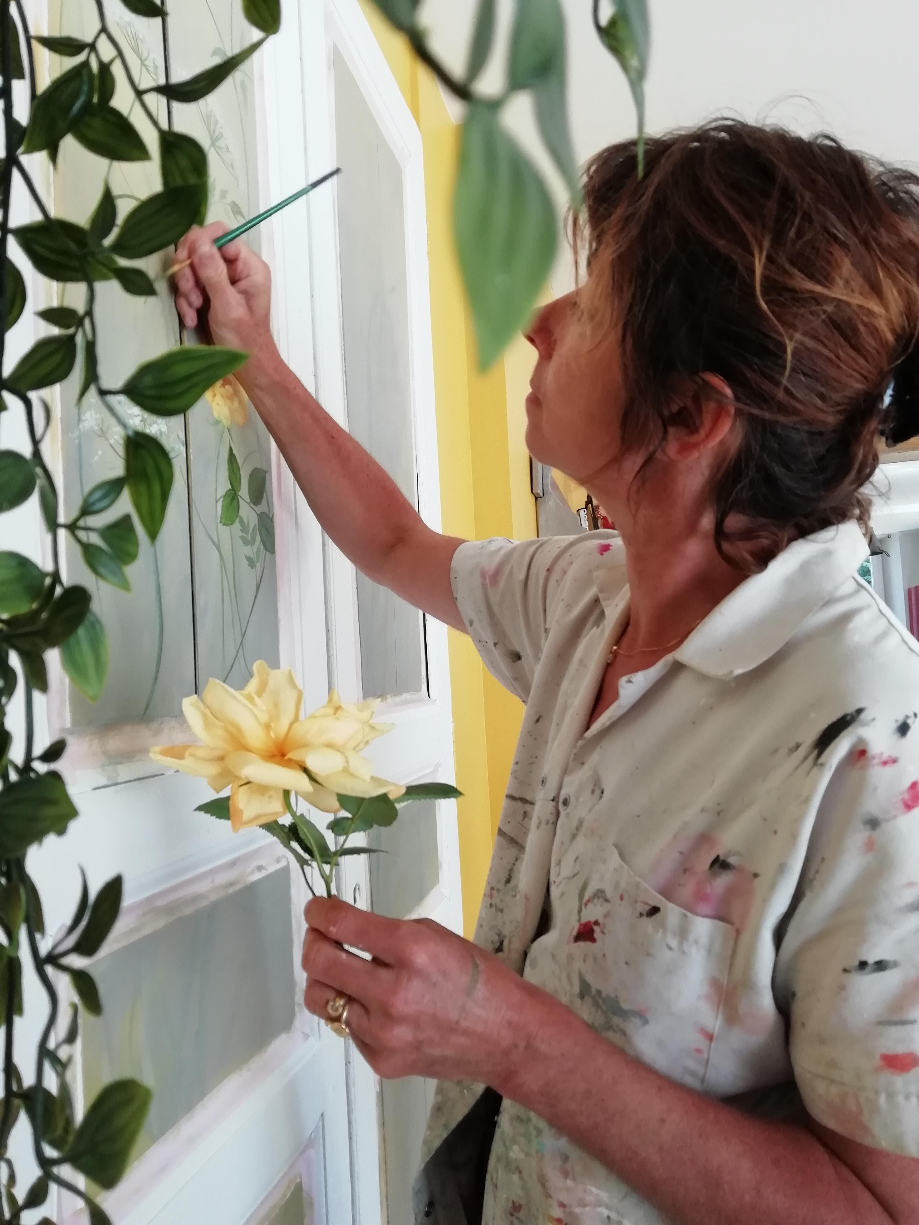 décor peint à la main , ombelles blanche