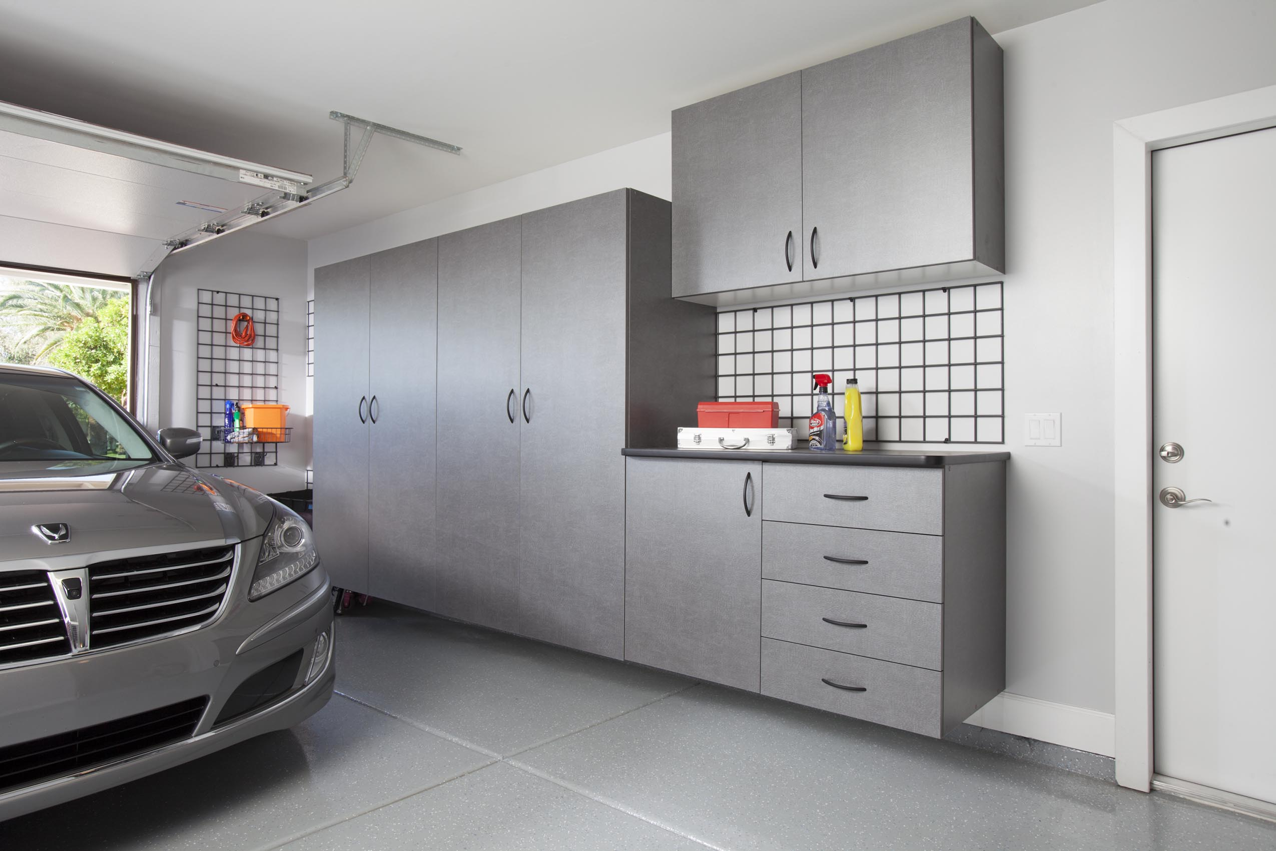 Pewter Cabinets with Workbench