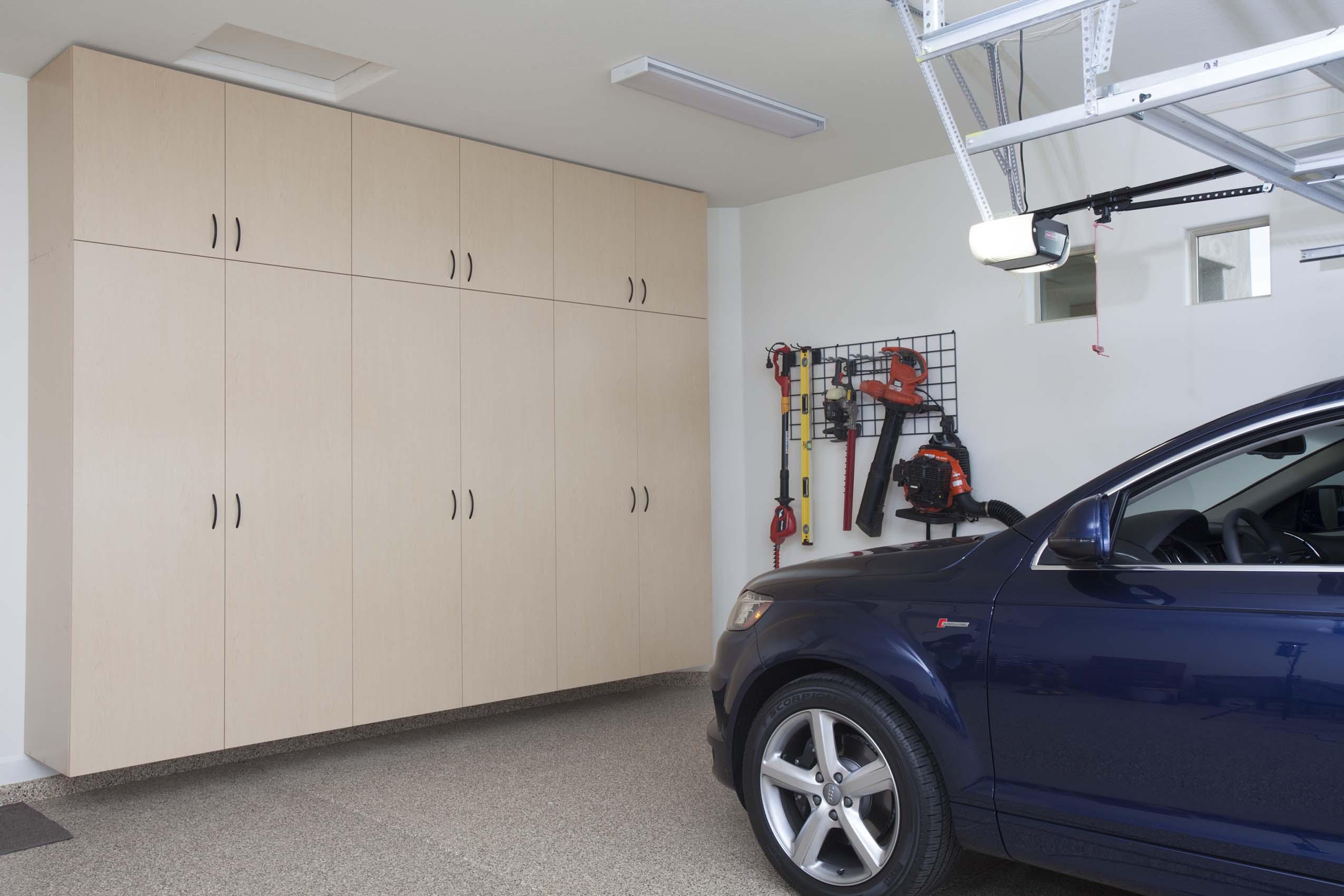 Maple Garage Floor to Ceiling