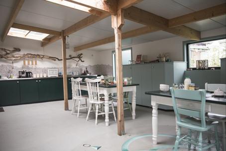 Küche & Esszimmer