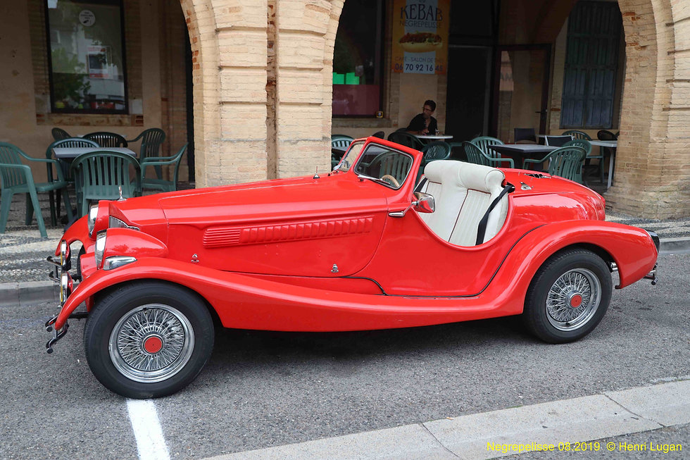 Red Roadster _A.jpg