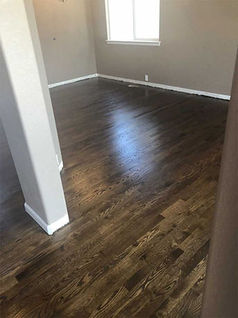 hardwoodflooringinstallation5.jpg