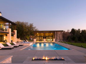 VIBRANT OUTDOOR LIVING