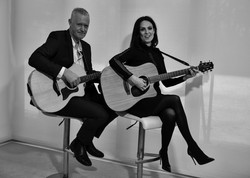 String Collective Acoustic Duo