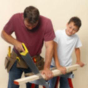 Formation d'apprentis menuisier