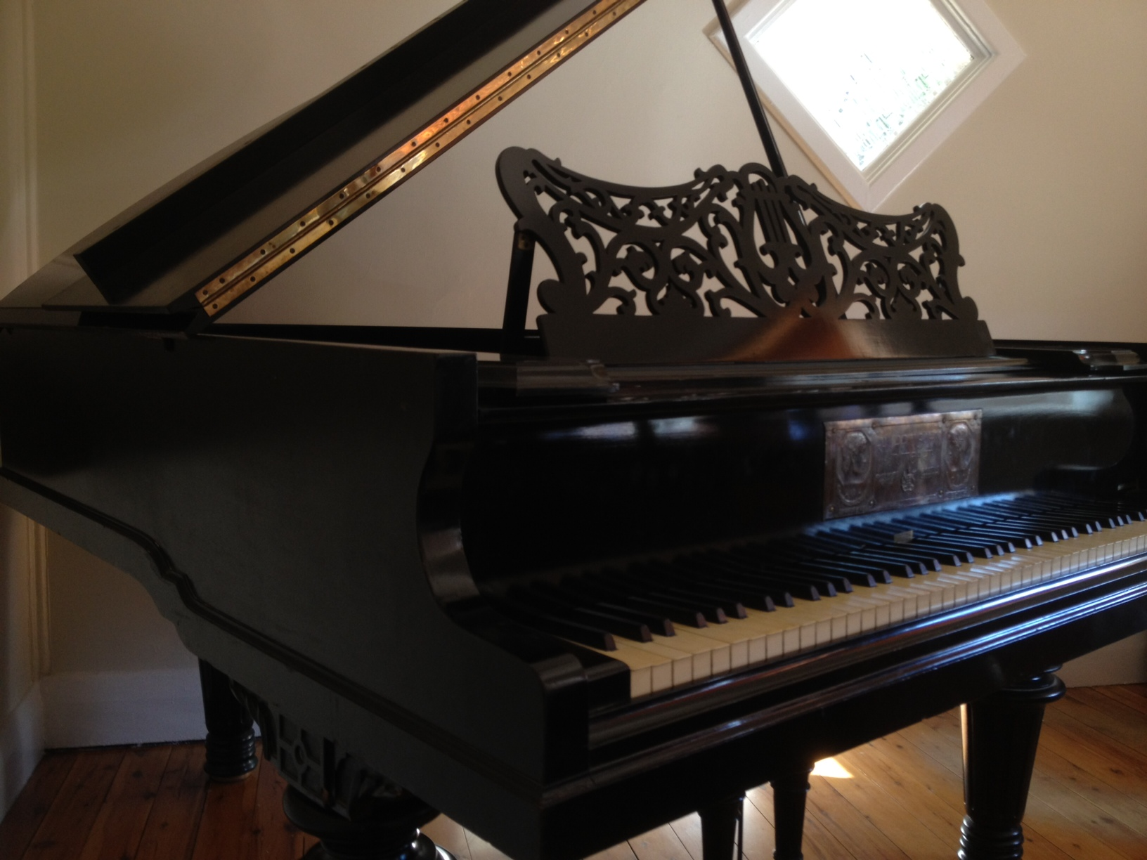 Gateway Music studio grand piano