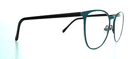 So happy I found this website! Unfortunately my husband sat on my favourite pair of glasses and my optician wouldn't touch them. Thea from customer service was an absolute dream. She answered all of my questions & sent me pictures of the options available for my fix. Everything was done in a timely manner as well. I would highly recommend their service to anyone!