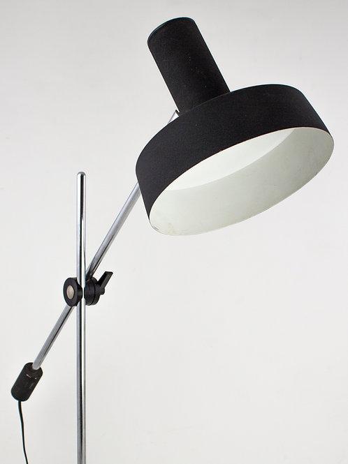 ANVIA HOOGERVORST Designer Rod Lamp