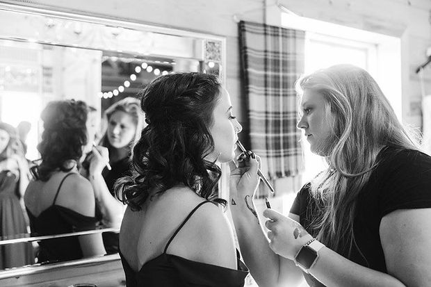 Bridesmaids touch ups photo by Jordn Mobly Photograhy