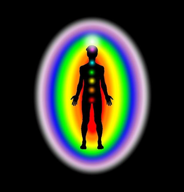 chakra-rezanje-vezi-uravnovesanje-energijskih-centrov-vibracijeduse.si