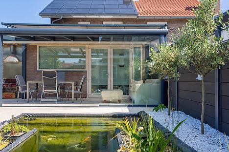 Terrassendach mit glastueren.jpg