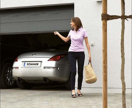 garagentorantrieb sommer.JPG