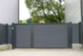 aluminim Zaun sichtschutz.jpg