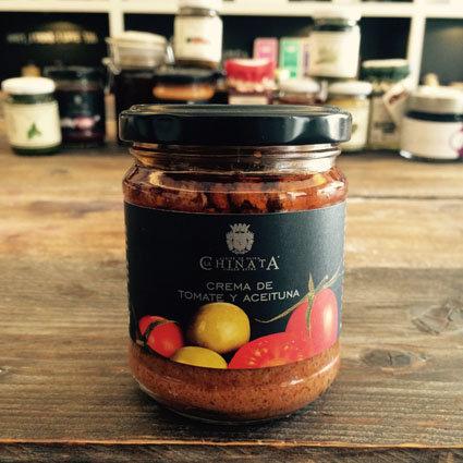 > Tomaten-Olivenpaté (3,28€/100g)