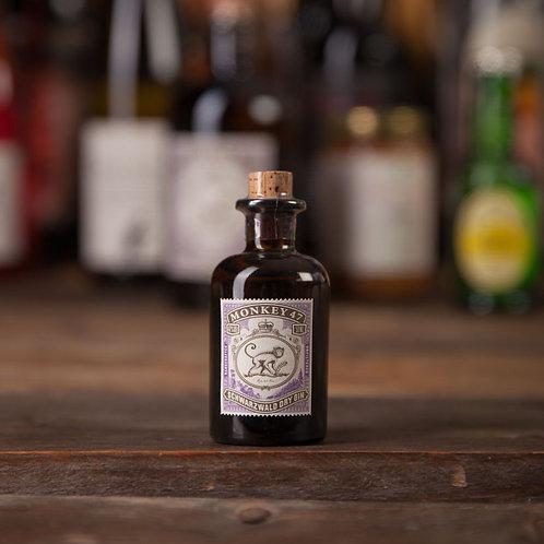 > Mini Monkey Gin