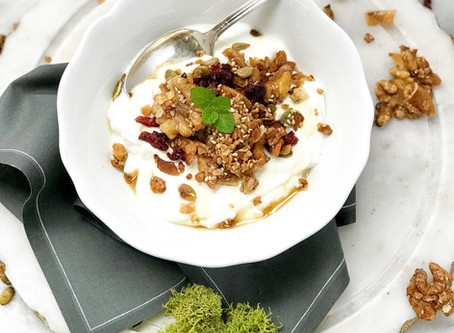 Simple and Sweet Granola