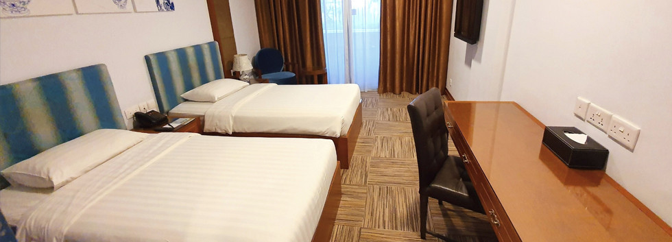 Balcony Room Twin Bed