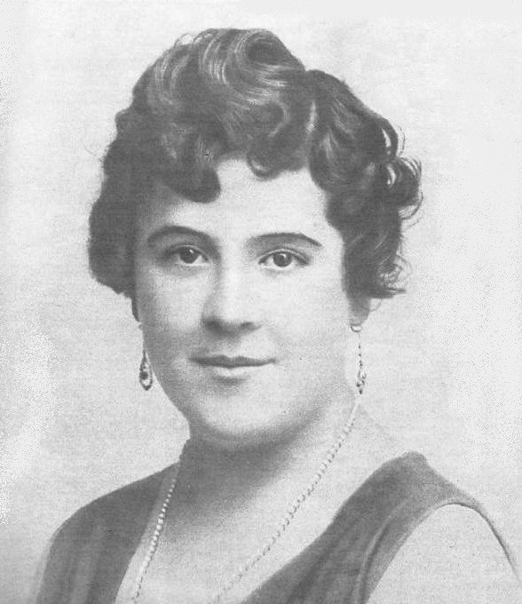 Retrato de Hildegart Rodríguez.
