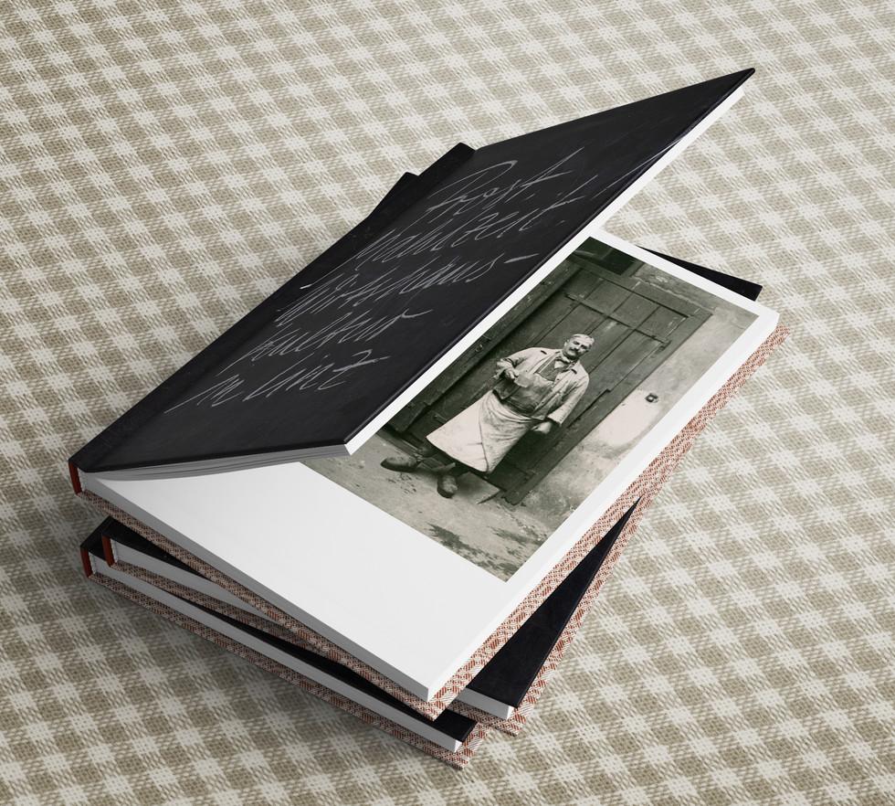 Book_Mockup_prost mahlzeit_1.jpg