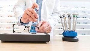 best-eyeglass-repair-kit.jpg