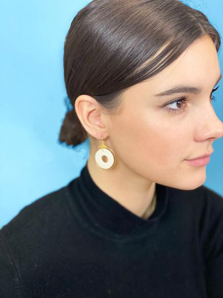 Rylie Kate white circle earring blu back